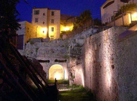Racconti, segreti e favole popolari tra le vie della città storica di Terracina. L'appuntamento da non mancare è per il 31 ottobre!
